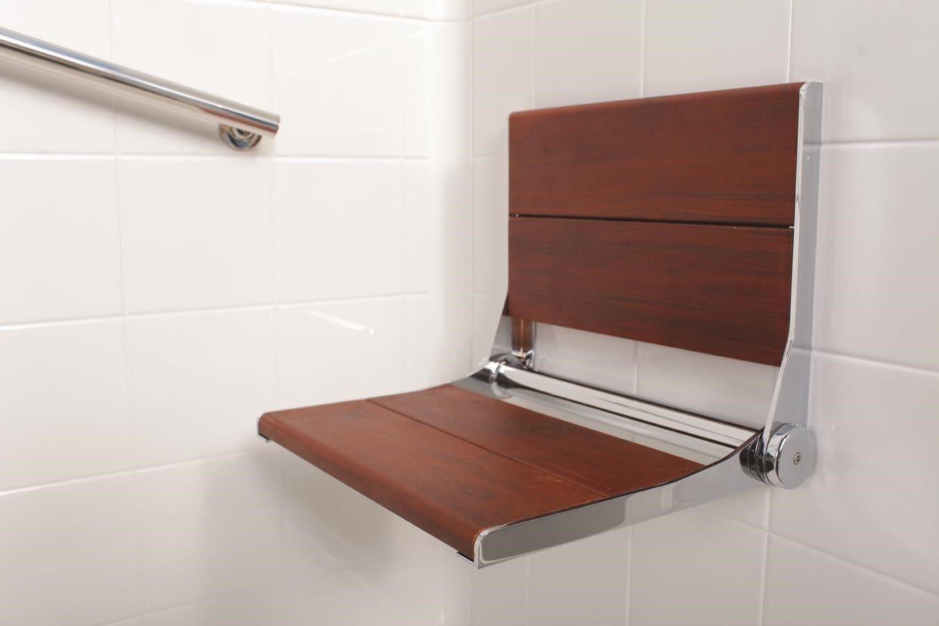 Walk In Showers Premier Care In Bathing With Images Walk In