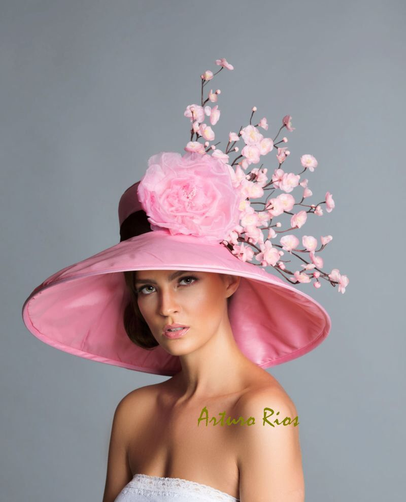Pink Brown derby hat, Kentucky Derby Hat, Couture Hat, Cherry Blossom hat by ArturoRios on Etsy https://www.etsy.com/listing/224765442/pink-brown-derby-hat-kentucky-derby-hat