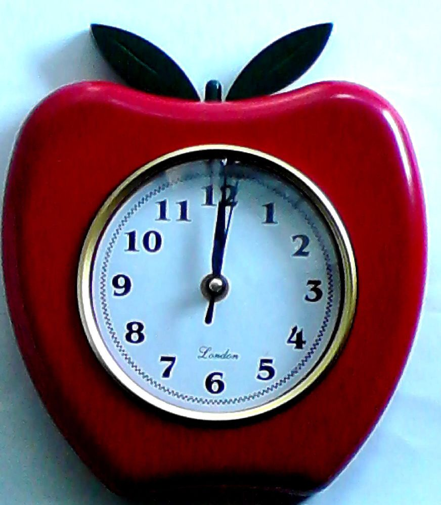 APPLE THEME \'LONDON\' Wall Clock Home Kitchen Wall Decor Batt Oper ...