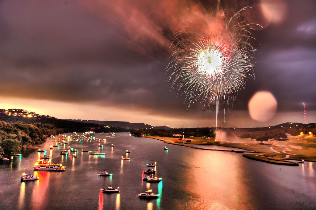 35 Spectacular Examples Of Fireworks Photography