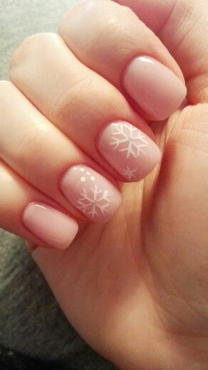 Classy christmas nails! #nude #snowflakes #classynaildesigns