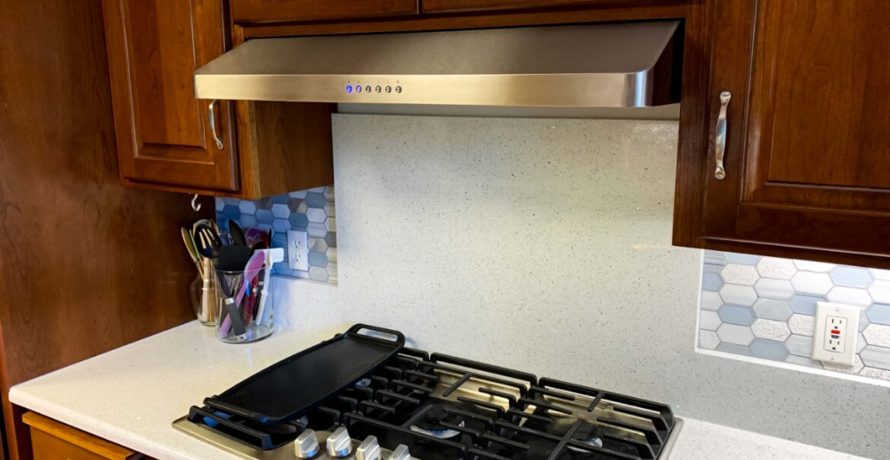 Best Range Hood For Your Apartment Range Hood Best Range Hoods Kitchen Design