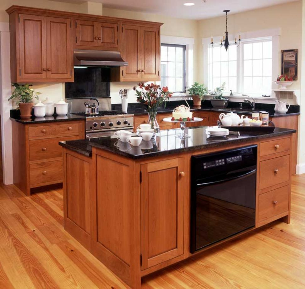 55 Inspiring Black Quartz Kitchen Countertops Ideas Roundecor Shaker Style Kitchen Cabinets Kitchen Cabinet Door Styles Cherry Cabinets Kitchen