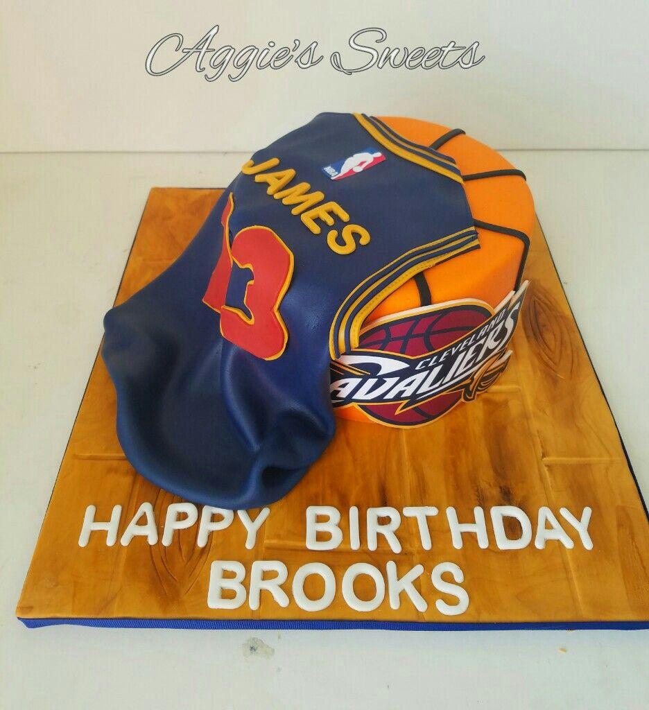 Astounding Lebron James Cleveland Caveliers Birthday Cake Basketball Funny Birthday Cards Online Necthendildamsfinfo