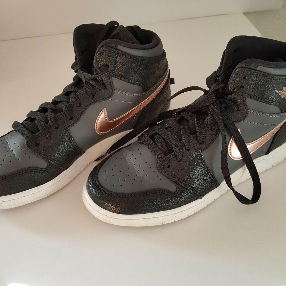 Nike Air Jordan Retro Shoes 6Y Black Grey Gold Retro