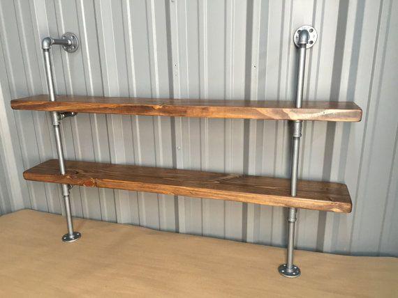Plank keuken luxe keuken wand tegels groengrijs tint planken hele