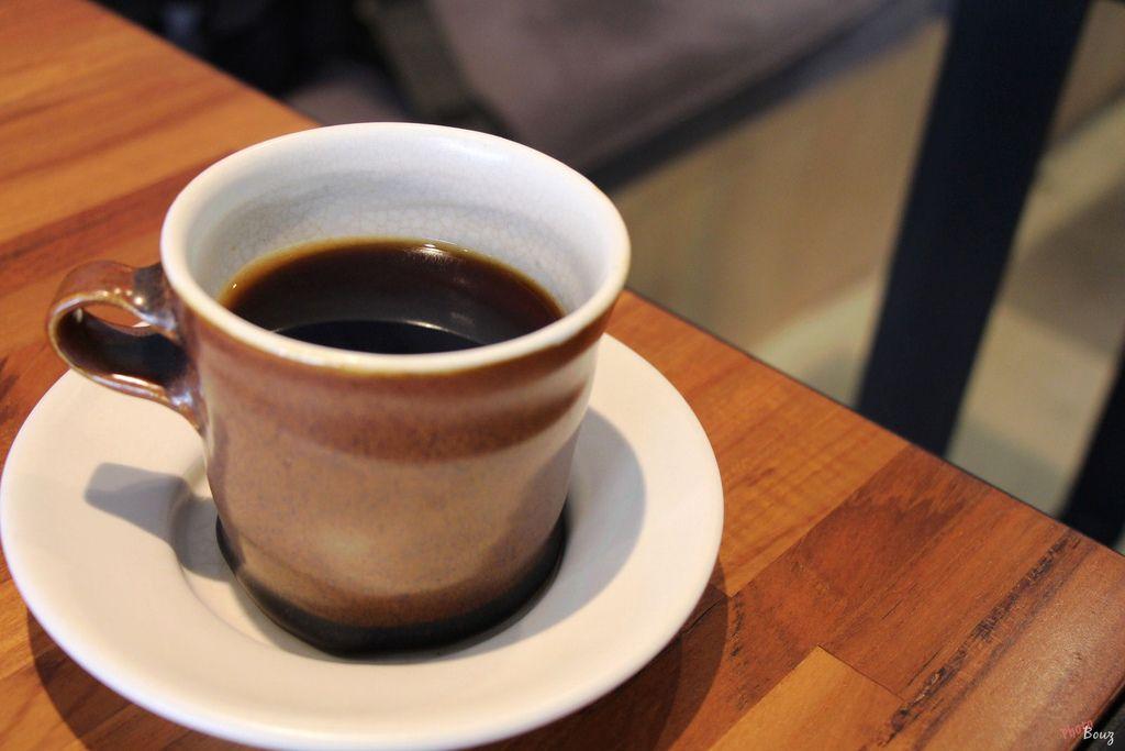 【食記】高雄苓雅— BALLADE 咖啡敘事曲 @ Bouz's Blog :: 痞客邦 ::   Glassware, Tableware