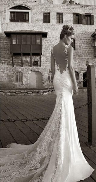 tight lace mermaid tail wedding dress - Google Search | Clothes to ...