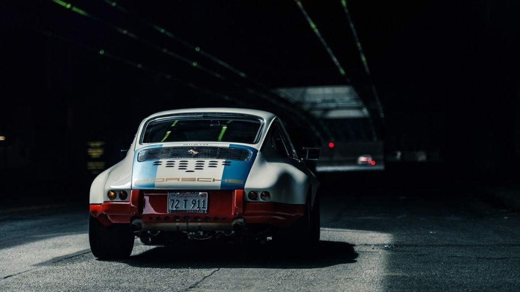 42 Cool Photos Of Custom Porsche 911's | Airows
