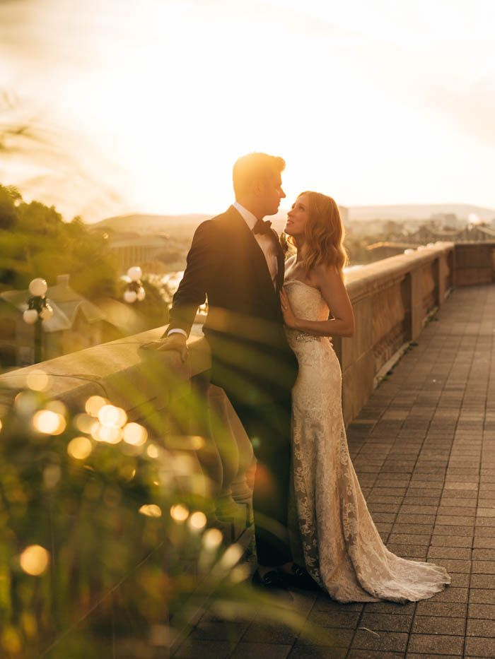 Elegant golden hour wedding portrait | Image by Joel Bedford Photography
