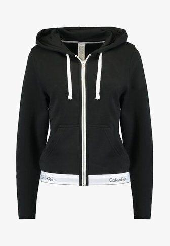 HOODIE FULL ZIP Pyjama top black @ Zalando.co.uk </p>                     </div>   <!--bof Product URL --> <!--eof Product URL --> <!--bof Quantity Discounts table --> <!--eof Quantity Discounts table --> </div>                        </dd> <dt class=