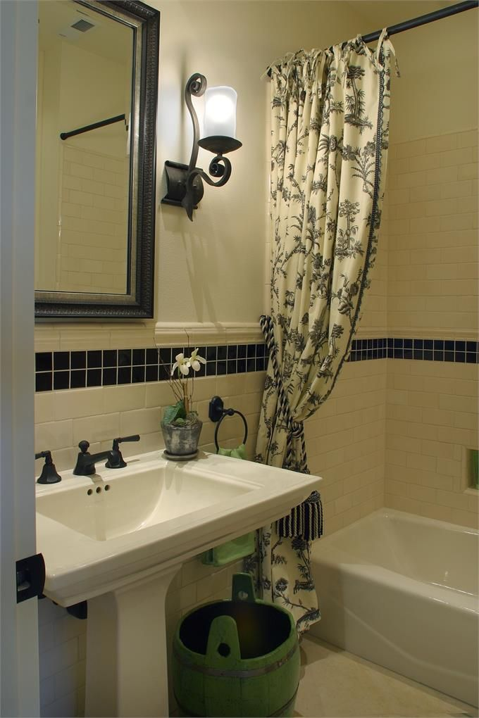 Traditional Bathroom Photo by Barclay Interior Design Group - Homeclick  Community