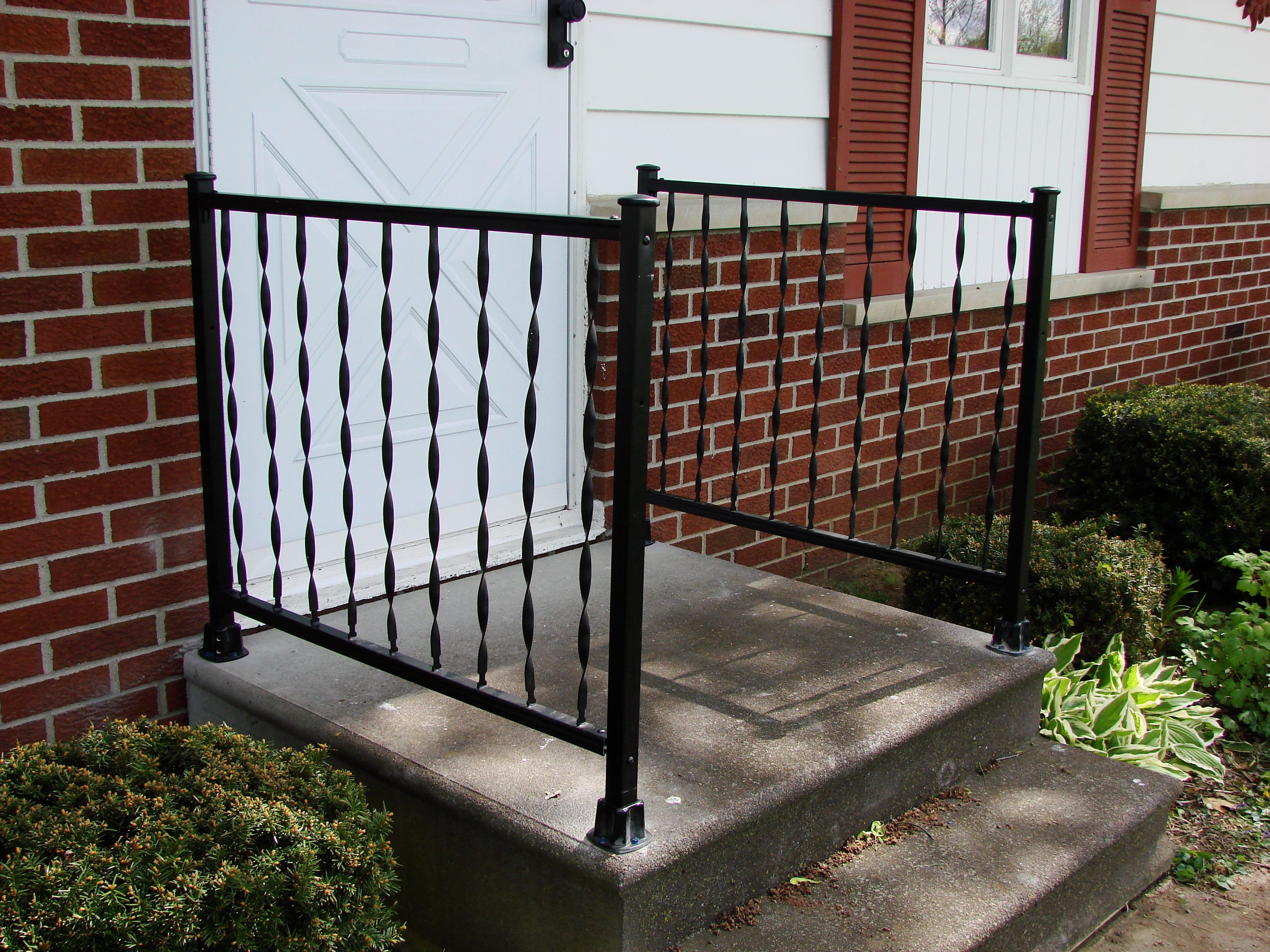 Best Windsor Wrought Iron Porch Rails – Hicksville Ohio 400 x 300