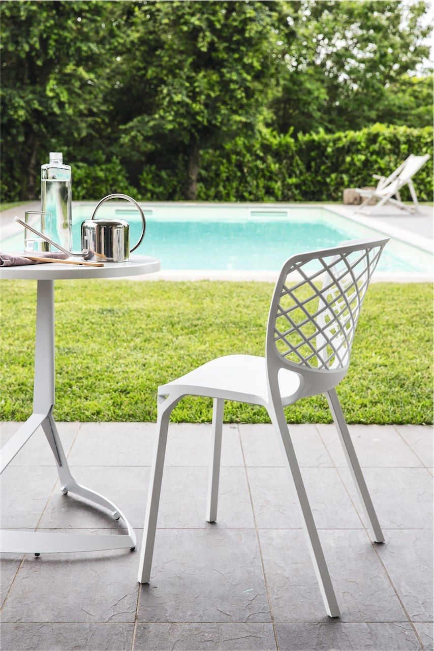 Connubia Calligaris Gamera Dining Chair Suitable For The Indoors And Outdoors And Stackable Up To 6 Chairs Calligaris Outdoor Chairs Chair