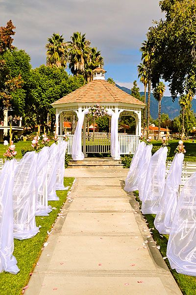 Wedgewood Wedding And Banquet Center At Buenaventura Golf Course Http Www Weddinglocation Location 543 Ventura California Ht