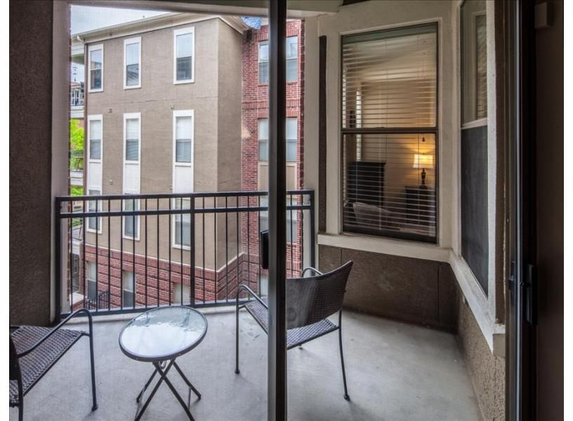 1 bedroom apartments midtown memphis tn%0A  th Street Apartment vacation rental in Memphis by Stay Alfred