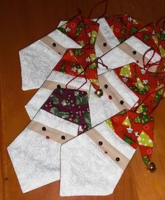 paper piecing christmas ornaments - Google Search | Fabric ...