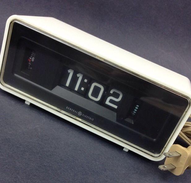Ge General Electric Retro Flip Alarm Clock 8125 White Model Working Condition Flip Alarm Clock Clock Alarm Clock