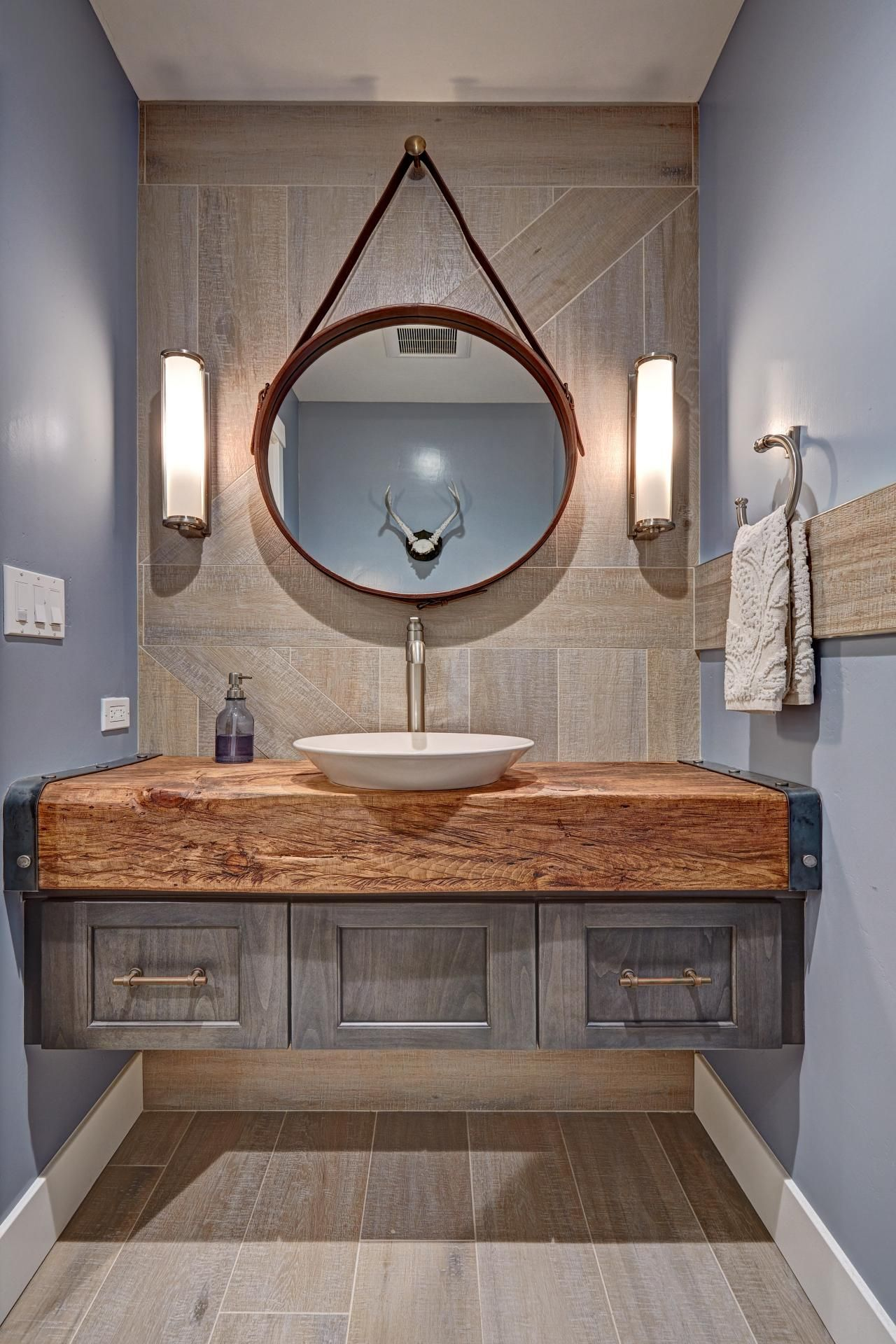 This Bathroom Features Both Earthy And Industrial Elements And Features A Vessel Sink Atop A Stunn Rustic Modern Bathroom Eclectic Bathroom Rustic Powder Room