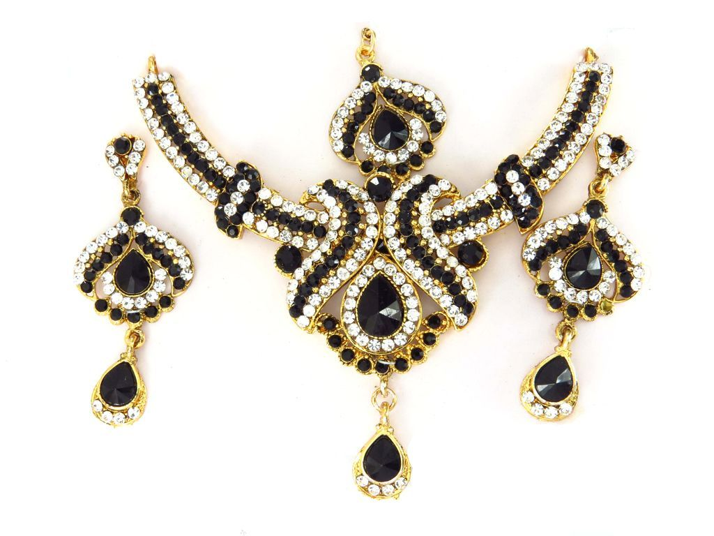 See cheap wholesale costume jewelry by the dozen contemporary fashion jewellery and costume jewelry necklaces view cheap costume jewelry and vintage costume ...  sc 1 st  Pinterest & See cheap wholesale costume jewelry by the dozen contemporary ...
