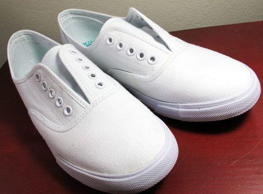 80s style white canvas shoes no shoelaces i