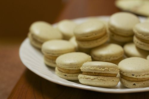 Salted caramel macarons by the boastful baker