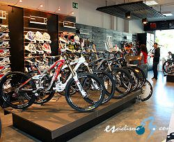 Santiago De Compostela Cuenta Ya Con Su Trek Bicycle Store Con