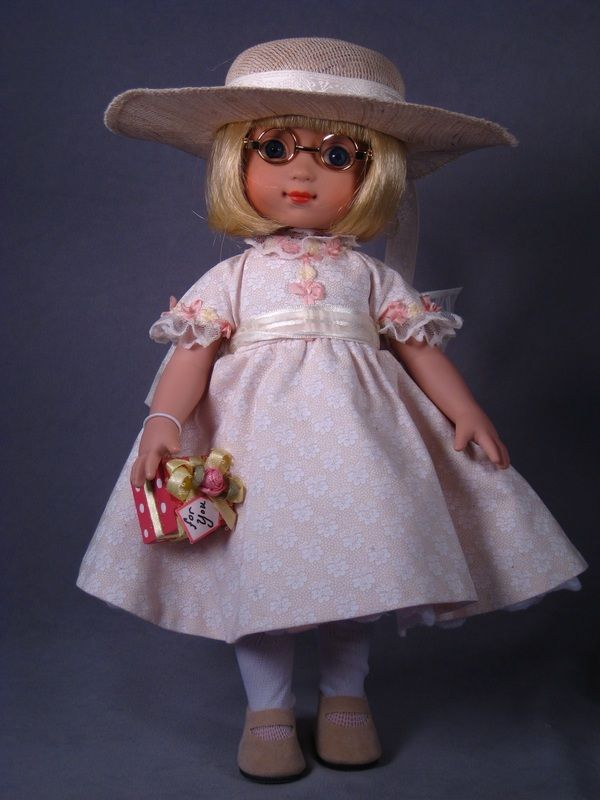 ©Mary Engelbreit Gift Giver 2000 Robert Tonner DRESSED DOLL 20608