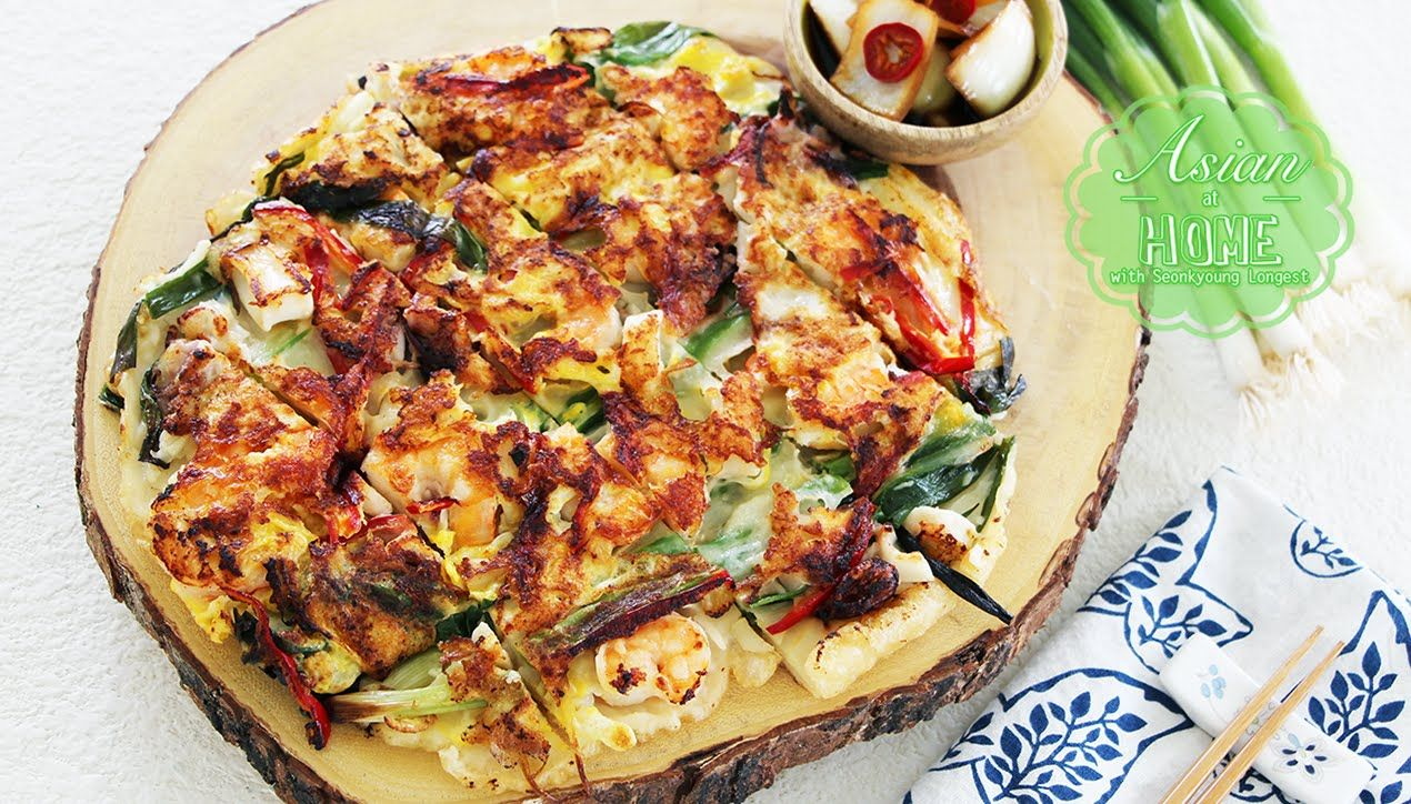 Haemul pajeon korean seafood green onion pancake haemul pajeon korean seafood green onion pancake korean food forumfinder Gallery