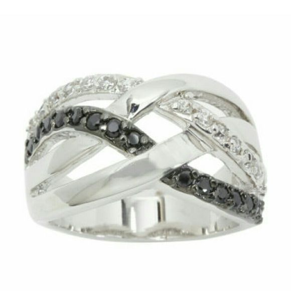 Swirl band Silver plated. Size 8. Cubic zirconia Jewelry Rings