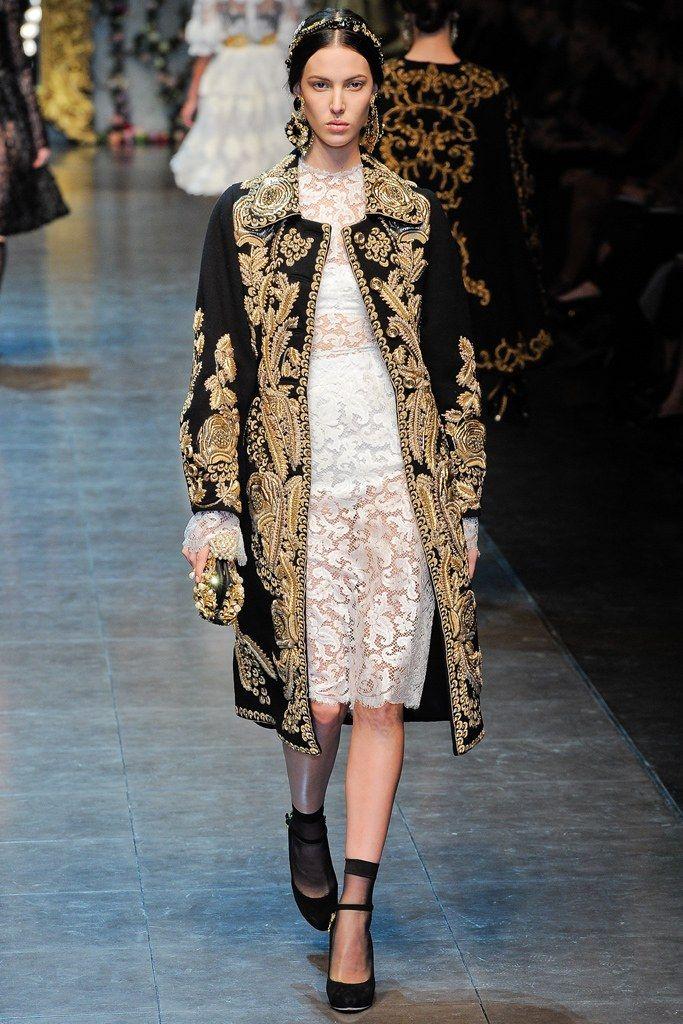 b96194c159a Dolce   Gabbana Fall 2012 Ready-to-Wear Fashion Show in 2019 ...