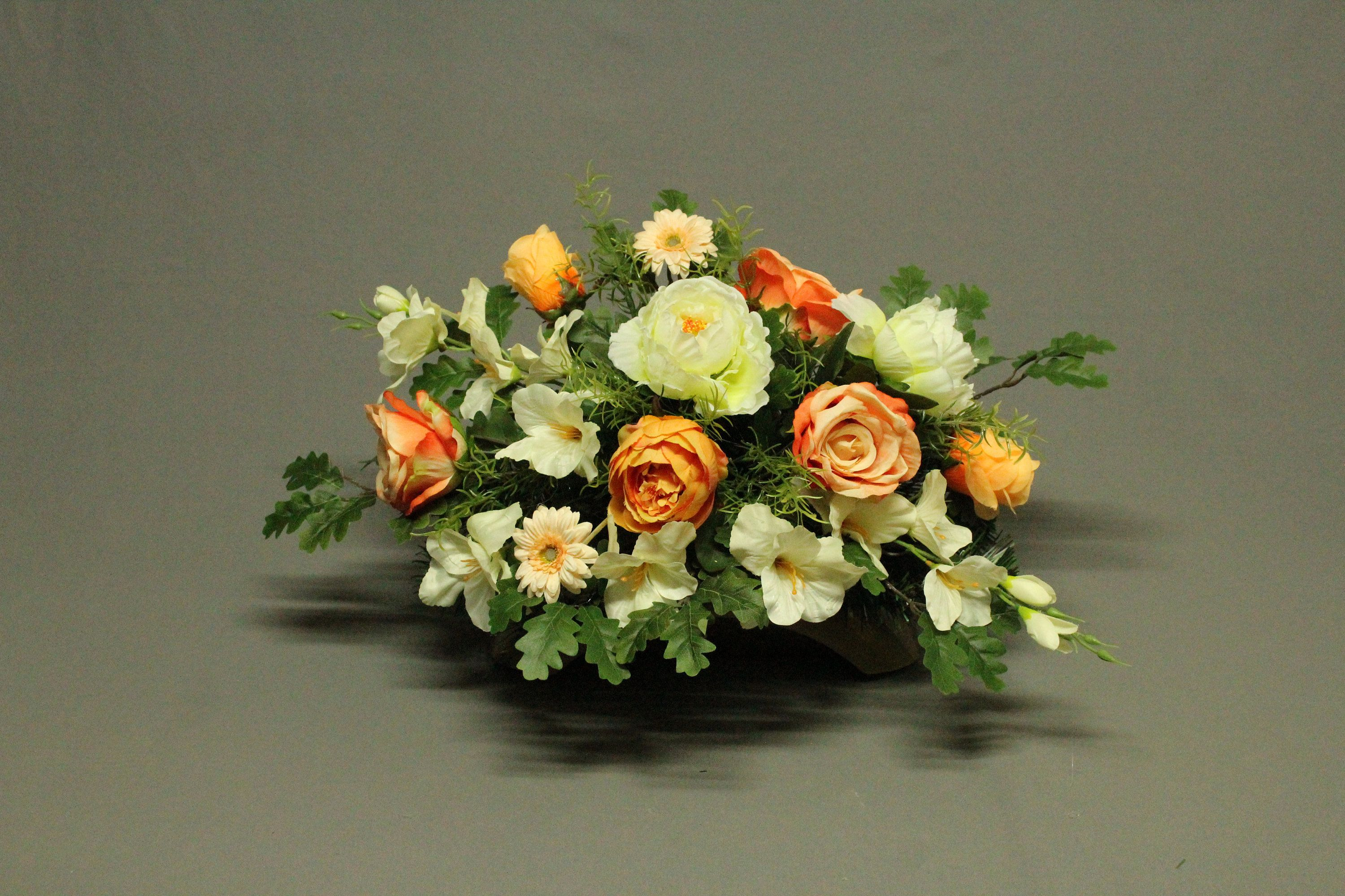 Tombstone Decoration Artificial Flowers Decoration For Monument Tomb For Grave Cemetery Decorations Feast Of The Dead Funeral Decorations Artificial Flowers Cemetery Decorations Flowers