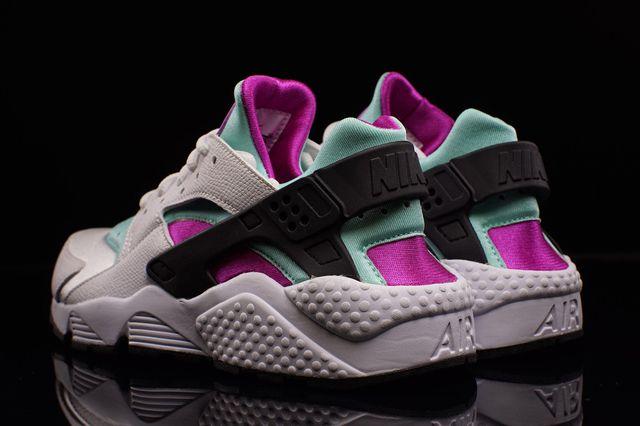 0adb5011f638 NIKE AIR HUARACHE (FUCHSIA FLASH) - Sneaker Freaker