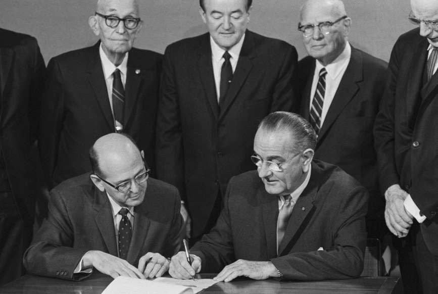 February 10 1967 25th Amendment To The Us Constitution Is Ratified The Nevada Legislature Becomes The 38th State Today In History History Treaty Of Paris