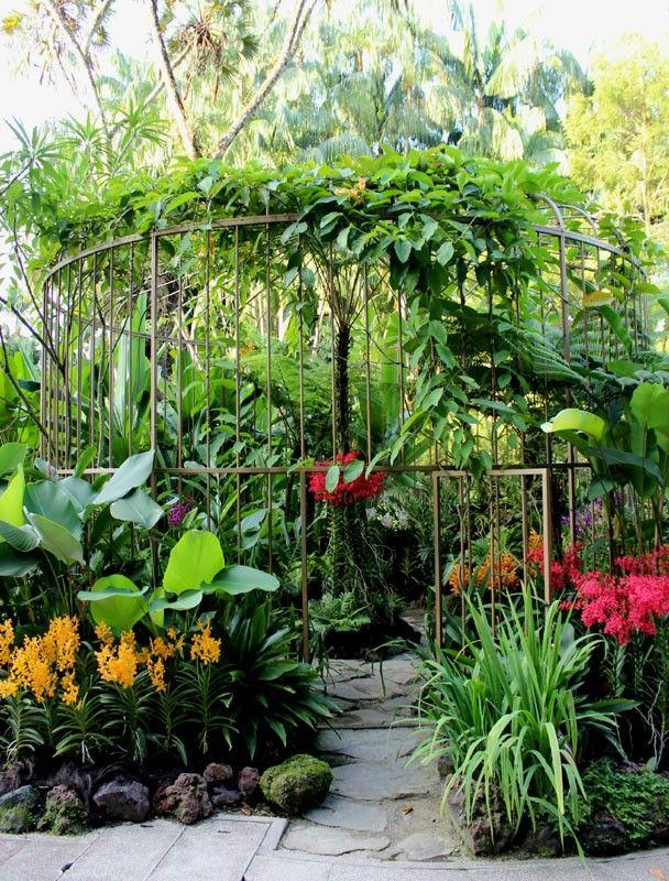 A Big Bird Cage In Orchid Garden Haus