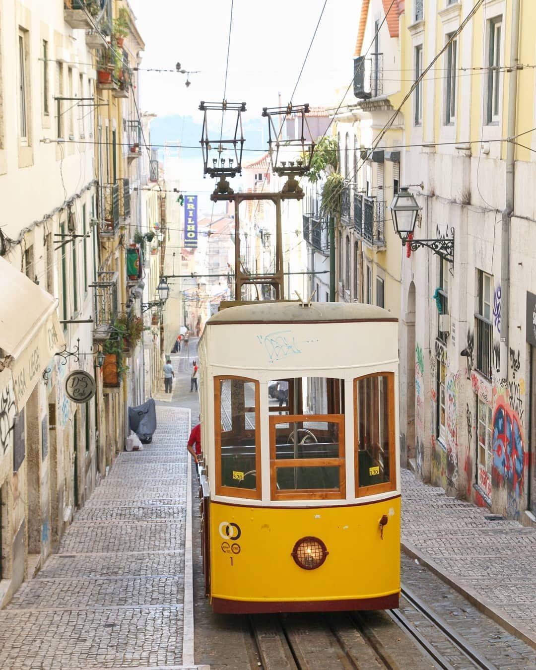 Hach Lissabon Die 25 Anderen Touris Die Hinter Mir Standen Und Das Gleiche Foto Geschossen Haben Erwahne Ich Lissabon Portugal Lissabon Restaurant Lissabon