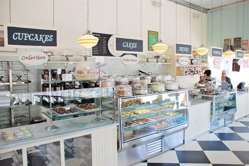 New Yorks Famed Magnolia Bakery Has Opened A Los Angeles