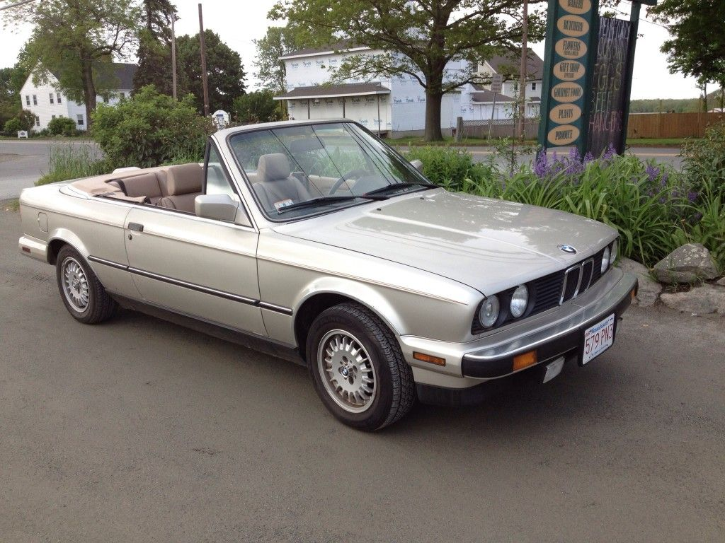 1988 Bmw 325i Convertible Bmw Convertible Bmw E30 Bmw 3 Series