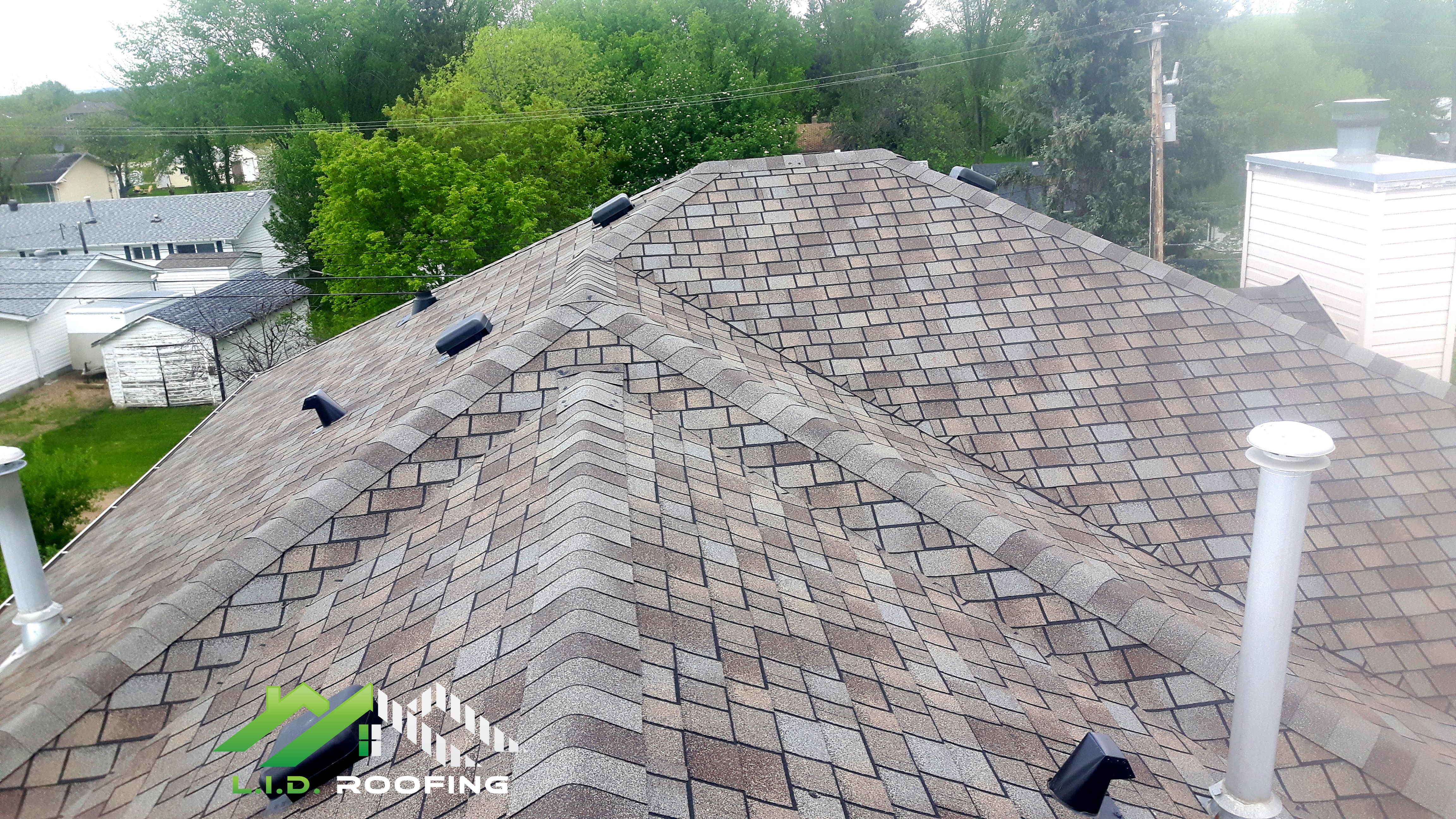 100 Family Owned Locally Operated Licensed Competitive Pricing Quality Guaranteed 20 Year Workmanship Warra Roofing Contractors Roofing Services Free Quotes