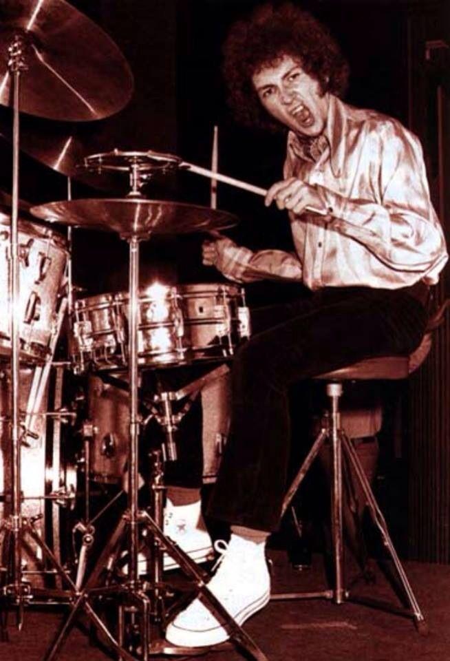 ebb6b932e7560c Mitch Mitchell (Jimi Hendrix drummer) rockin  the Converse All-Stars ...