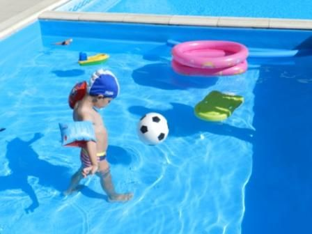 Piscina coperta per bambini hotel san giuseppe finale ligure liguria bimbi in vacanza - Hotel con piscina coperta per bambini ...