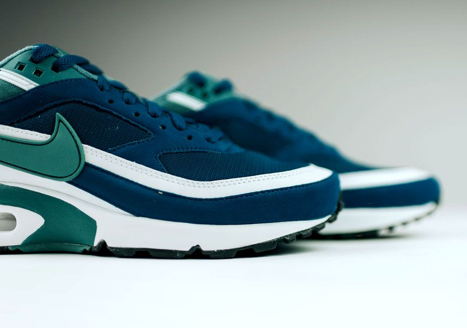 Nike Air Max BW Marina Blue Green Jade Retro | Nike air, Air