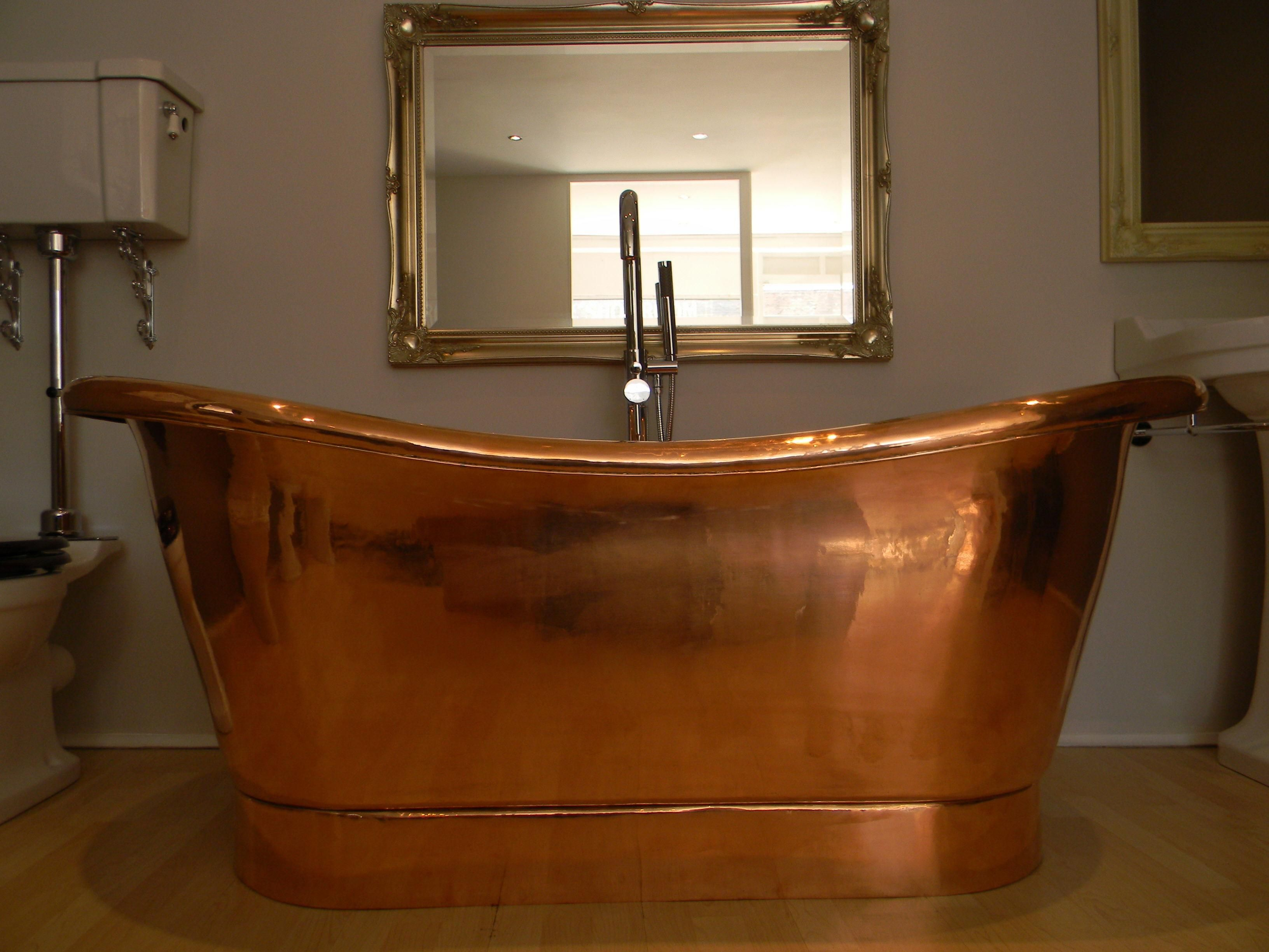 A Copper Bathtub Can Become The Most Striking Piece Of Your Home