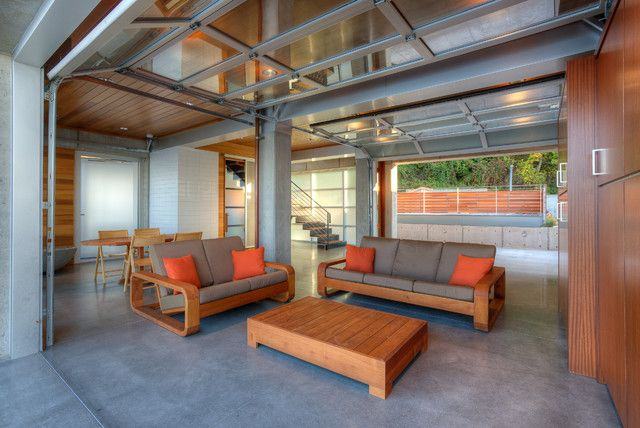 Charmant Contemporary Garage Living Room