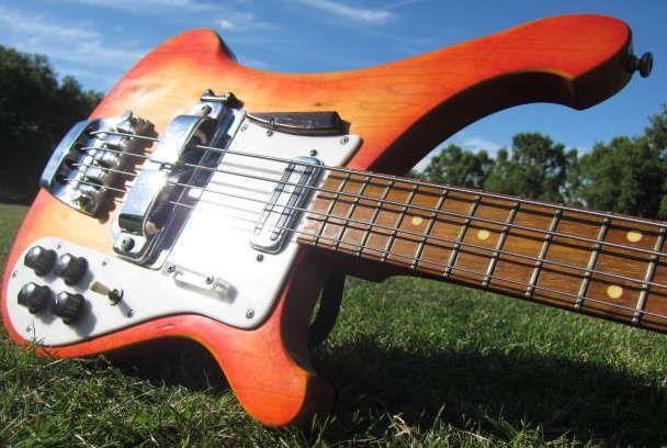 '64 Model 1999 Rose Morris