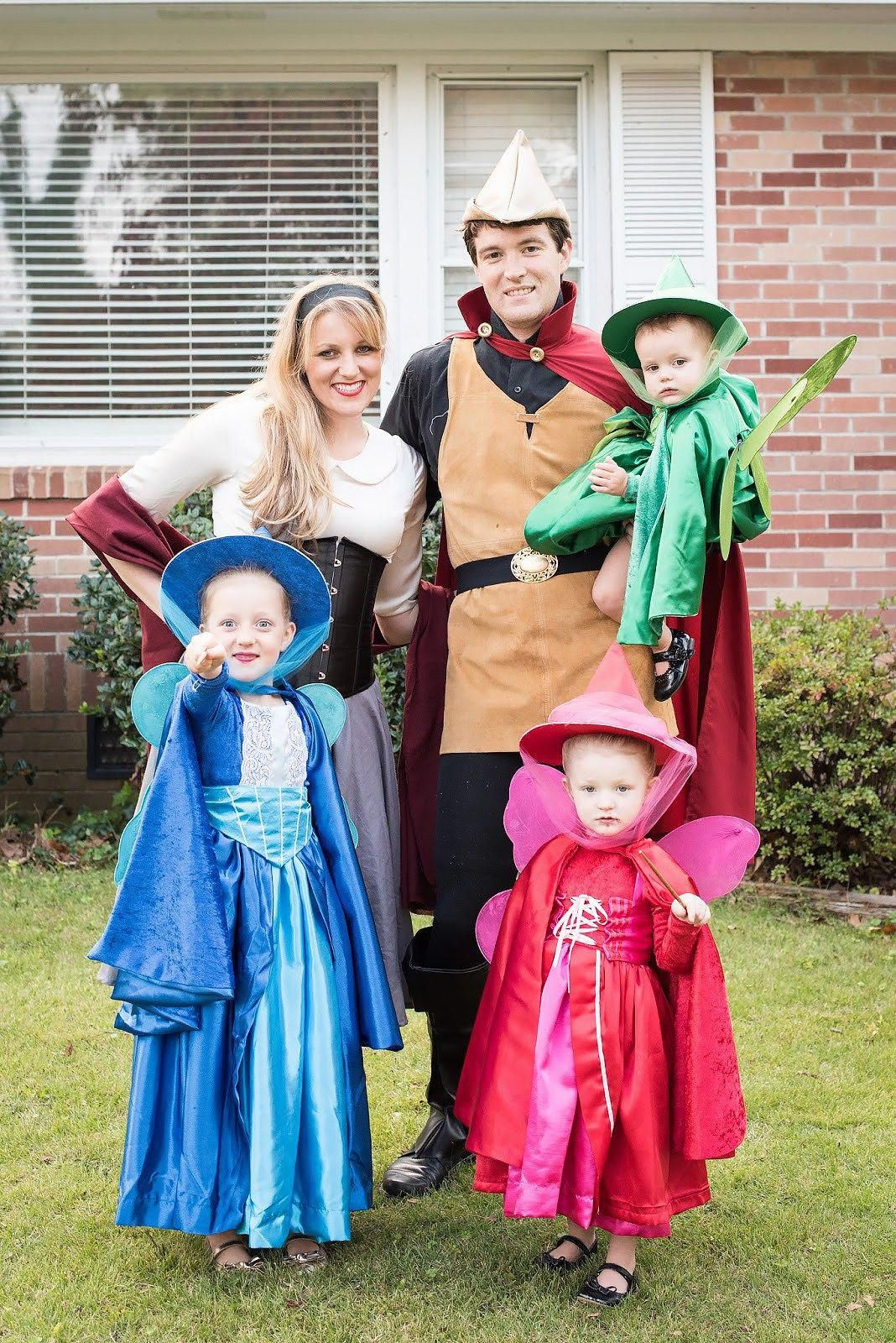Best Halloween costumes for Family and Kids, Sleeping