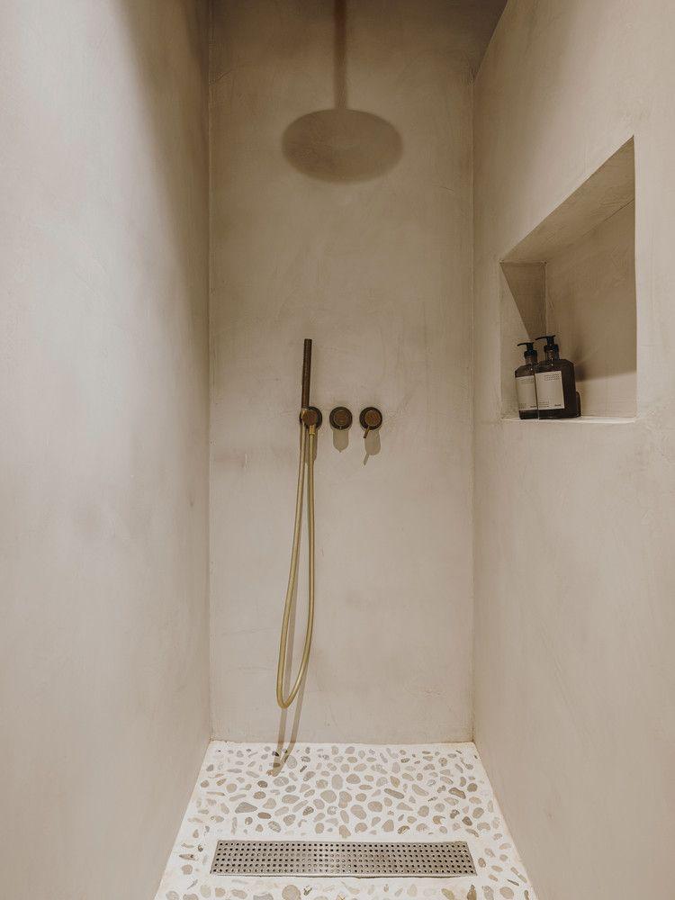 Photo of Décoration beige pour un appartement rénové aux plafonds catalans – PLANETE DECO a homes world