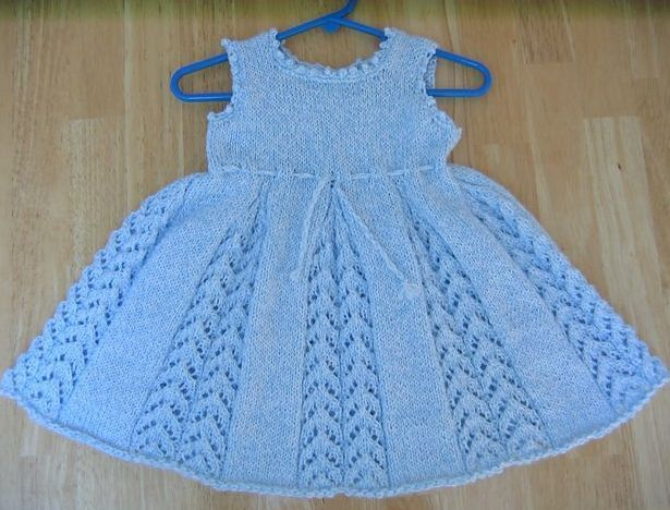e8368d507e73e Kız Bebeklere Örgü Elbise Modelleri   pembe-mavi   Bebek elbise ...