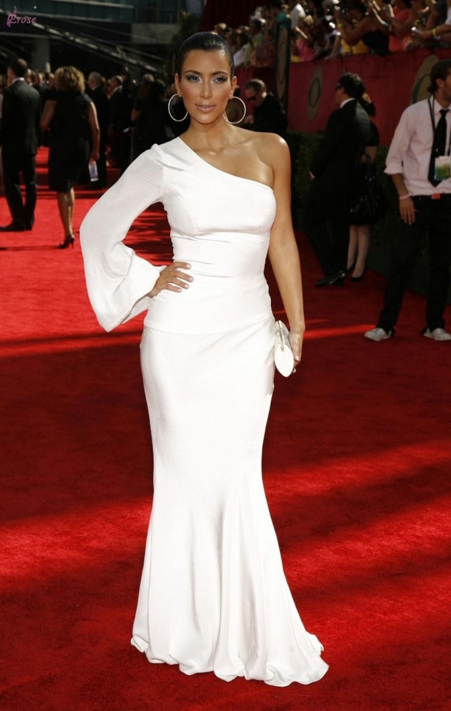 White Red Carpet Kim Kardashian One Celebrity dresses Long Sleeve ...