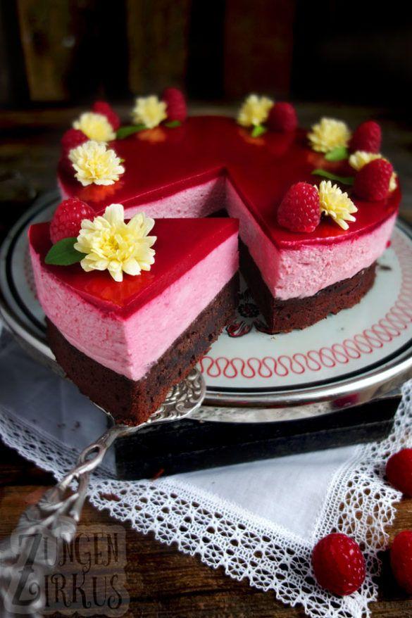 Brownie-Torte mit Himbeersahne und Himbeerspiegel - Zungenzirkus #recipeforpiecrust
